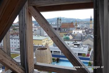 Blick vom Keine-Sorgen-Turm auf Linz